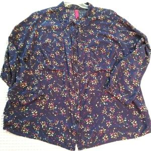 Pure Energy plus size 2x silky rayon blouse leaves